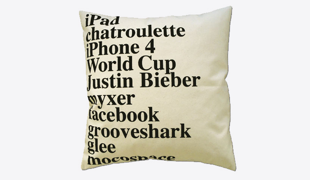 2010-elastico-google-pillow